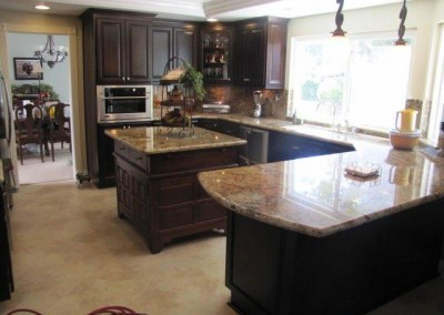 L shaped kitchen counter with island