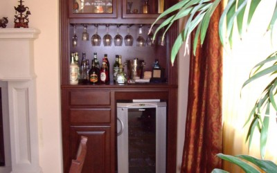 Wine glass storage in custom cabinets