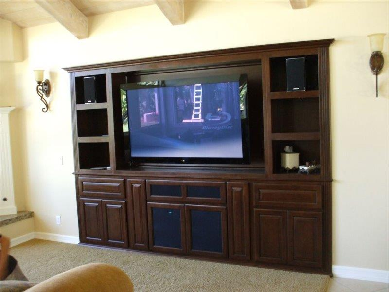 Do you have a large alcove in the family room? We can help!