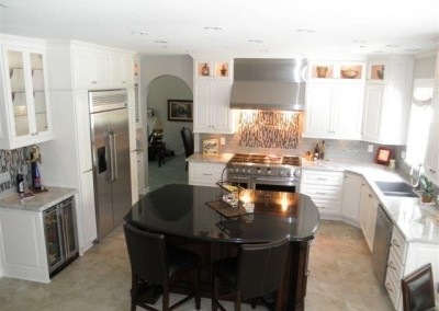 Two toned kitchen with dark island