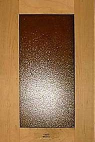 Shaker door with textured glass
