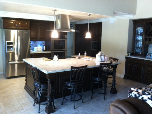 Custom kitchen cabinets in Temecula