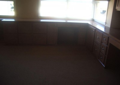 built in home office furniture and desks (101)