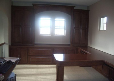 built in home office furniture and desks (102)