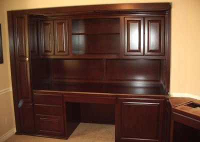 built in home office furniture and desks (106)