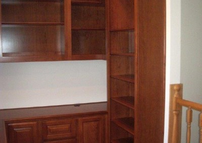 built in home office furniture and desks (111)