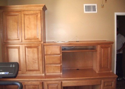 built in home office furniture and desks (112)