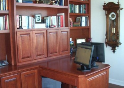 built in home office furniture and desks (16)