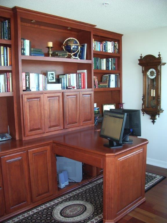 Photos of Offices, Built In Desks and Bookshelves
