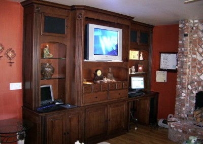 built in home office furniture and desks (17)