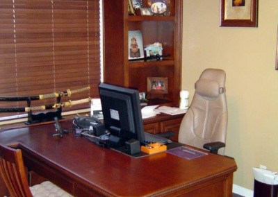 built in home office furniture and desks (28)