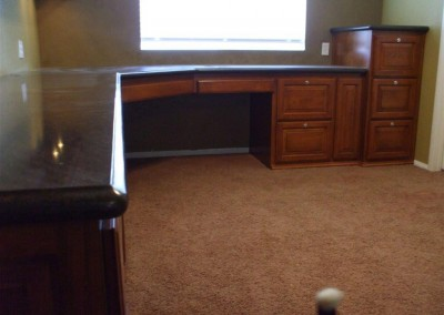built in home office furniture and desks (34)