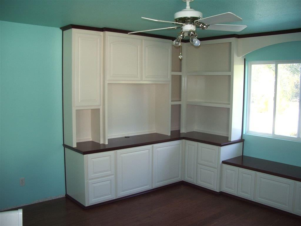 built in home office furniture and desks (5)