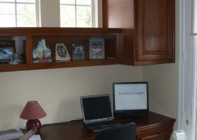 built in home office furniture and desks (52)