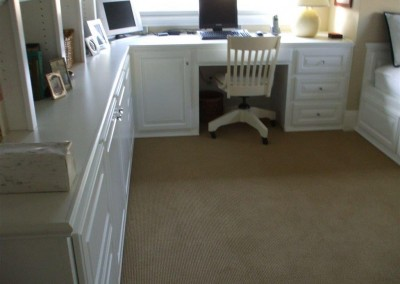 built in home office furniture and desks (55)