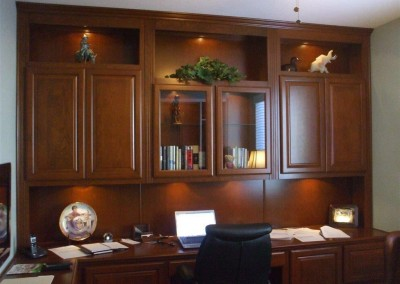 built in home office furniture and desks (59)