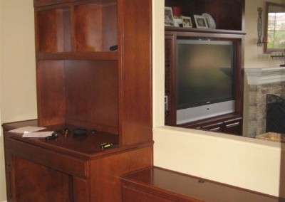 built in home office furniture and desks (65)