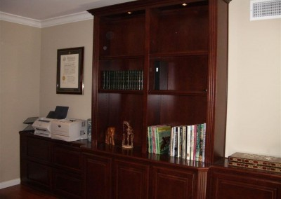 built in home office furniture and desks (67)