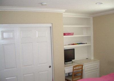 built in home office furniture and desks (75)