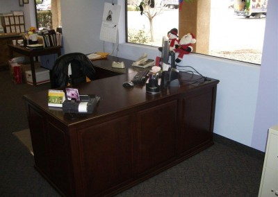 built in home office furniture and desks (84)