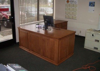 built in home office furniture and desks (86)