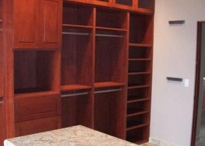 Closet organizers and custom closet designs