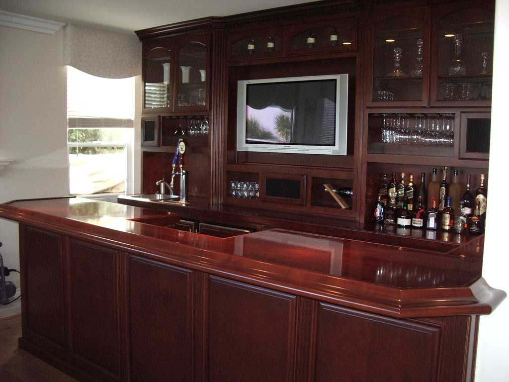 Built in home bar cabinets in Southern California- Woodwork Creations