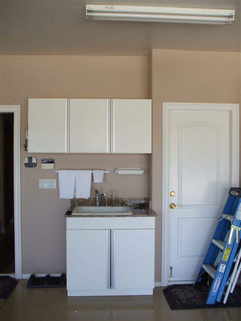 Garage storage cabinets | Call 888-201-Wood (9663)