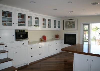 White kitchen cabinets in orange county (132)