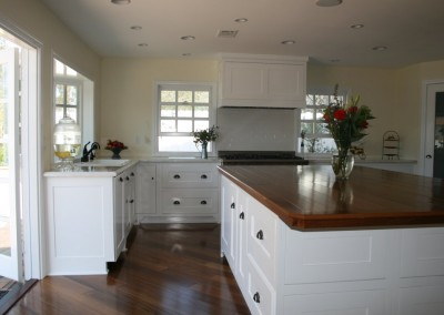 White kitchen cabinets in orange county (135)