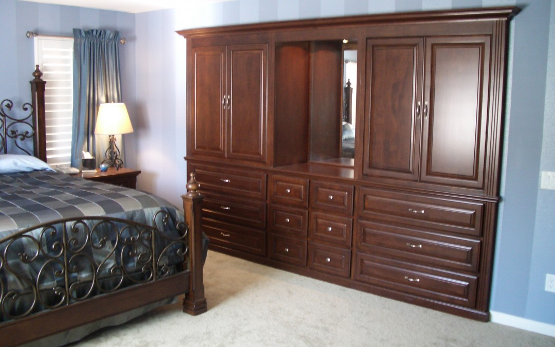 Bedroom wall unit - Woodwork Creations