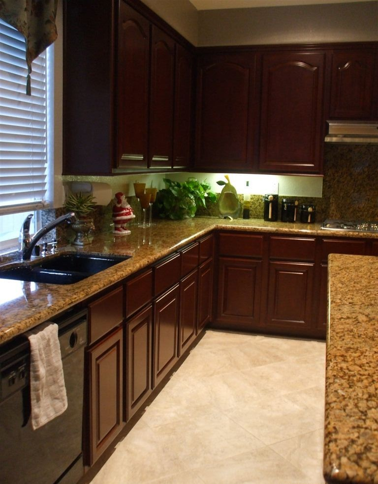 Kitchen cabinet refinishing good kitchen cabinet phoenix for Kitchen cabinet refacing